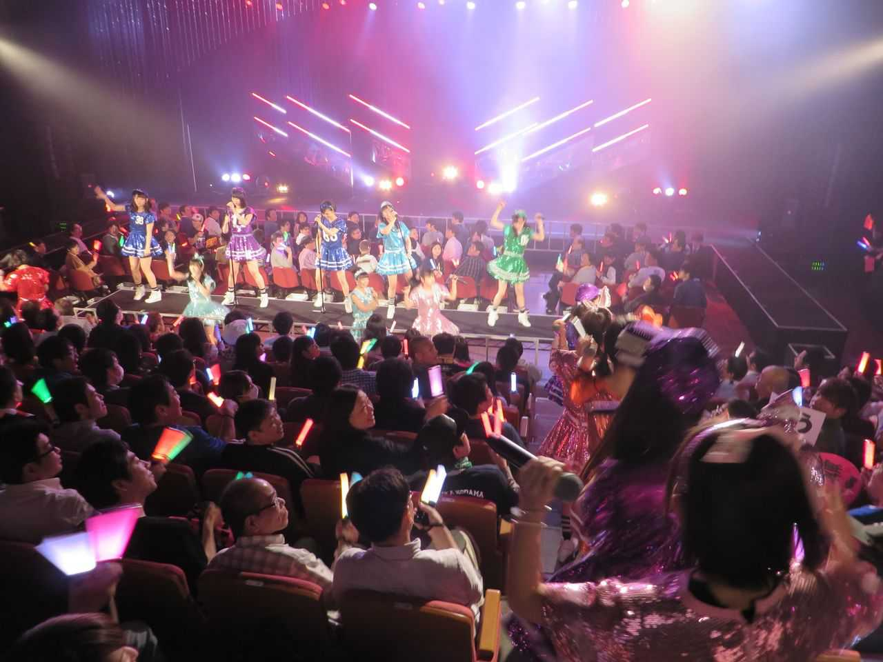 2ch says: What is common among first-time wota at concerts & performances?